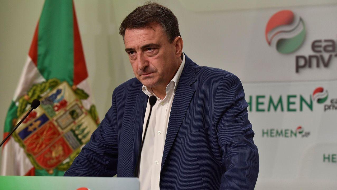 Pablo Casaado, en un acto del partido en Vitoria