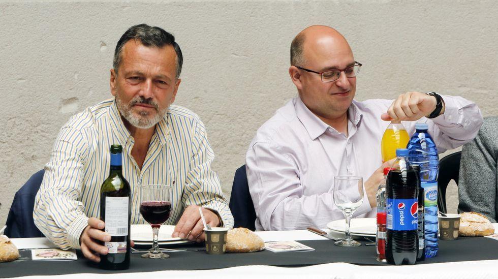 En Amio, Agustín Hernández y Paco Reyes acudieron a una comida de mayores con motivo de las fiestas de la Ascensión