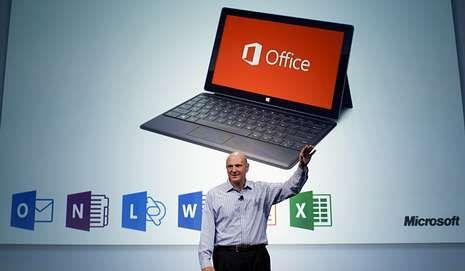 Steve Ballmer durante la presentación del nuevo Office.