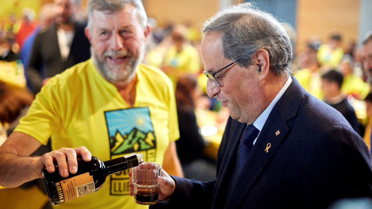 Los Alcázares y San Javier registraron precipitaciones de más de 110 litros por metro cuadrado.El presidente de la Generalitat, Quim Torra, se hidrata con un licor autóctono durante un  almuerzo amarillo  en Gerona.