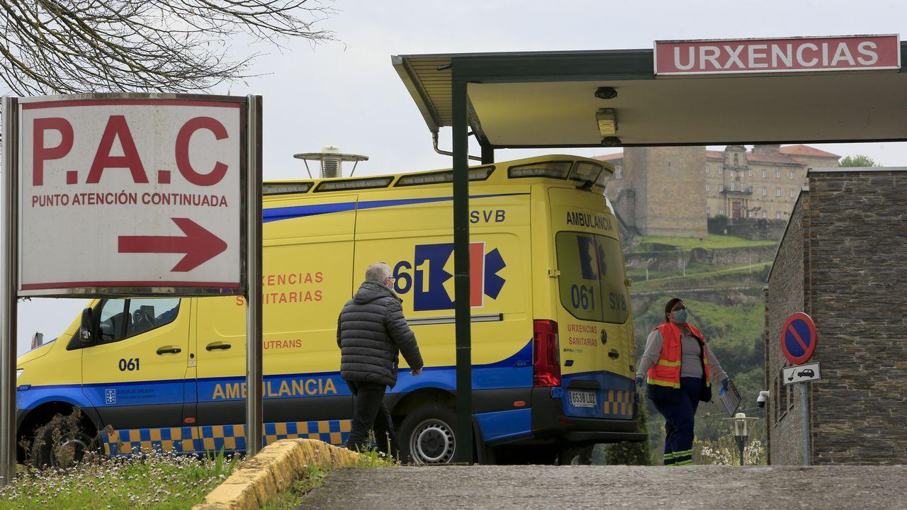 Entrada al servicio de urgencias del hospital de Monforte
