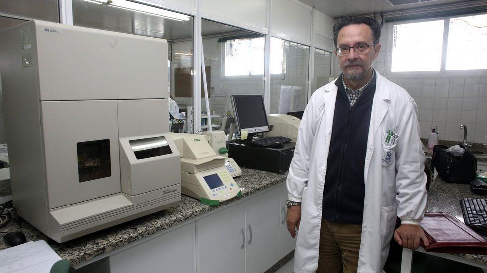 El temporal provoca inundaciones por Vigo y su área.El comisario honorario Ángel Galán, en la presentación de su curso sobre desaparecidos.