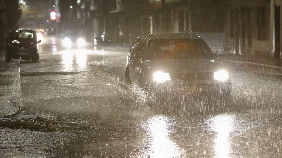 Inundaciones anoche en Carballo.