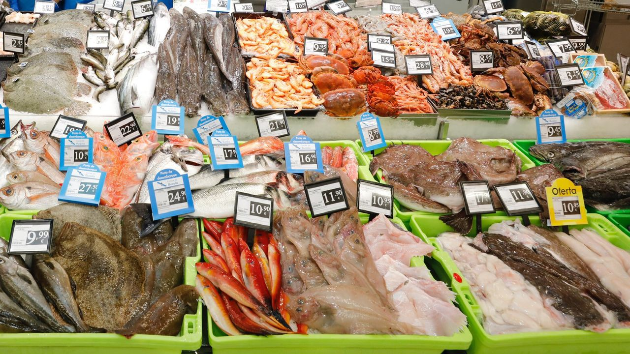 Expositor de una pescadería gallega, en una foto de archivo