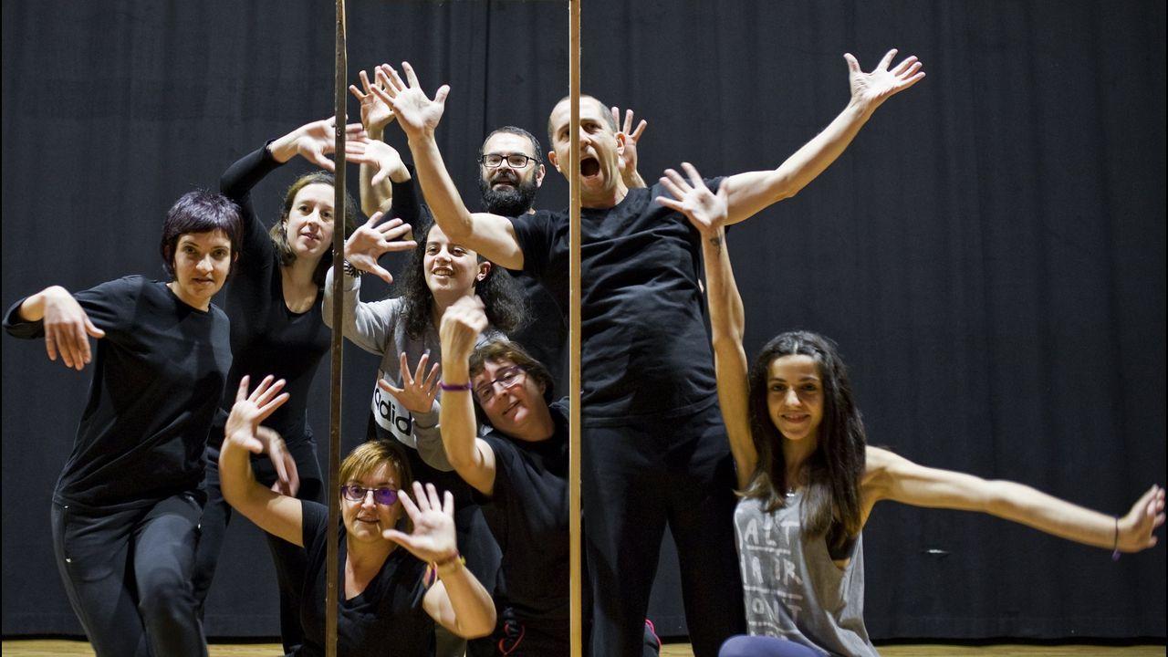 Fallece el eterno galán del teatro, Arturo Fernández.Santi retratado en el Teatro Principal de Pontevedra