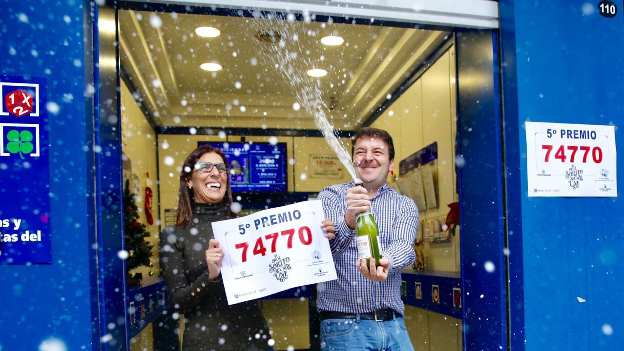 Un quinto de la lotería de Navidad deja un pellizco en Camelias, Vigo