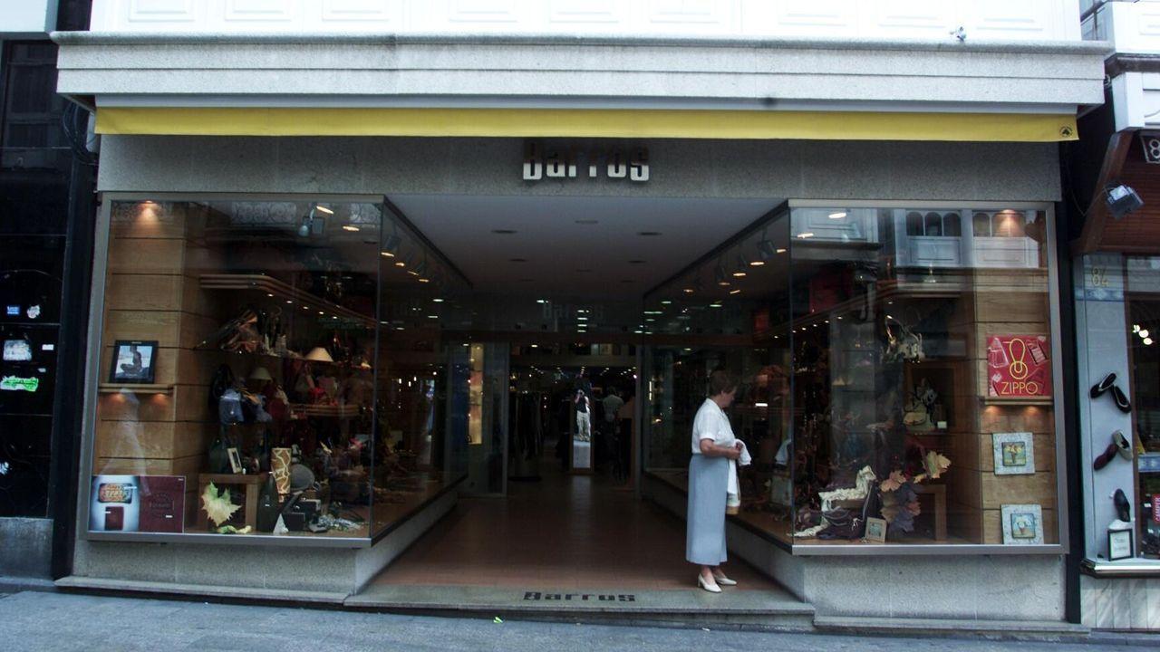 <span lang= gl >Cal é a verdadeira historia dos galegos?</span>.Un hipermercado Lidl de Vigo, en una imagen de archivo