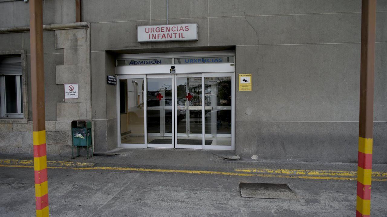Imagen de archivo de la entrada de Urgencias del Materno, donde fue atendido el bebé