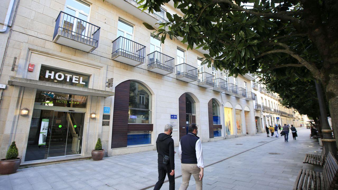Fachada del hotel Méndez Núñez, en el centro de Lugo