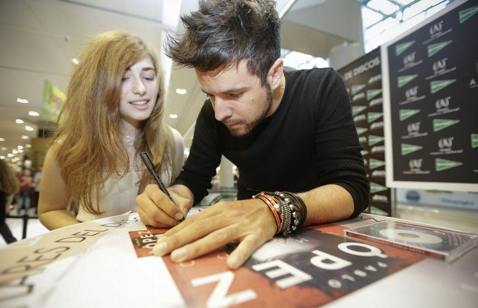 Pablo López visitó recientemente la ciudad para realizar una firma de discos