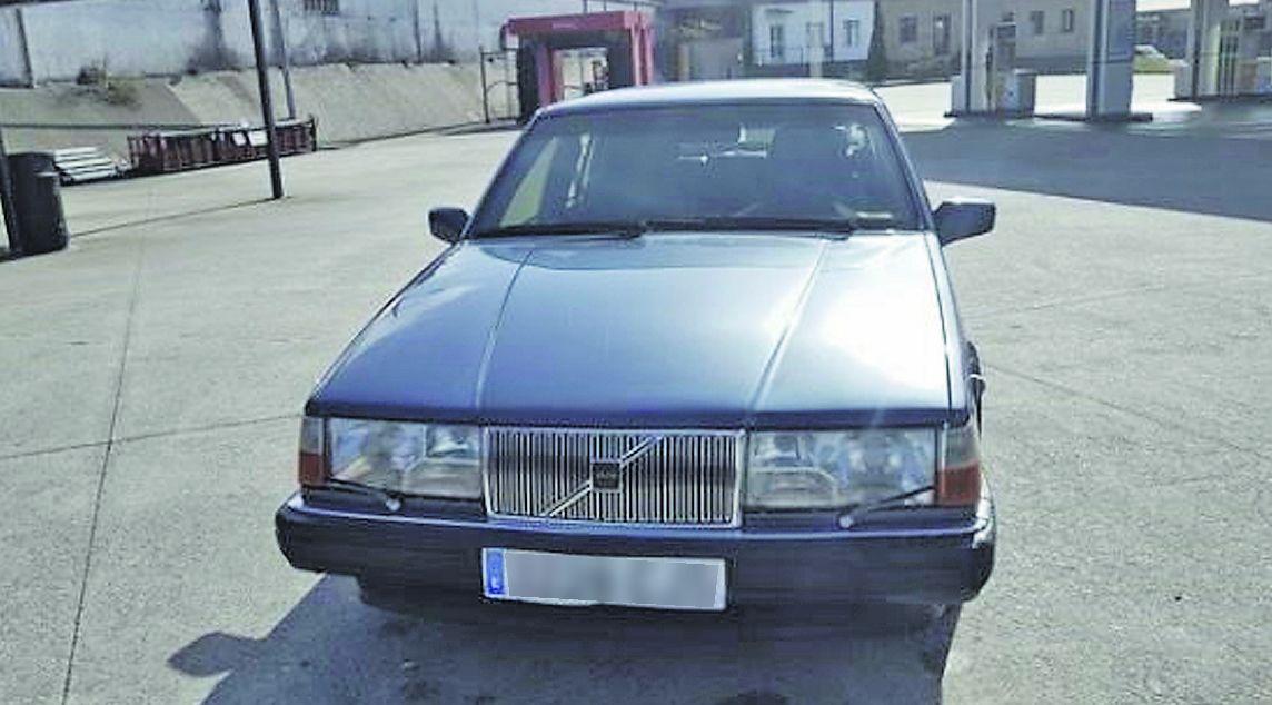 El coche blindado en venta fue regalado por el PP a la Xunta para su uso por Manuel Fraga en 1991