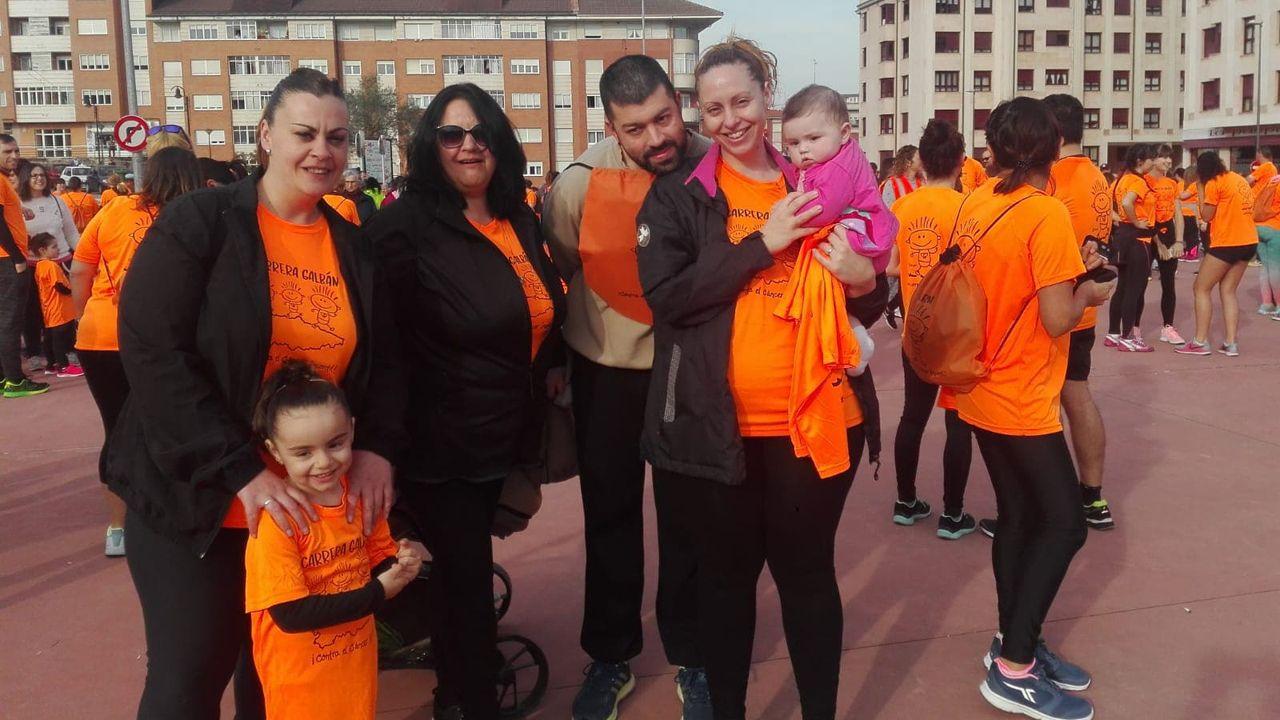 Participantes en Corvera en la carrera Galbán contra el cáncer infantil