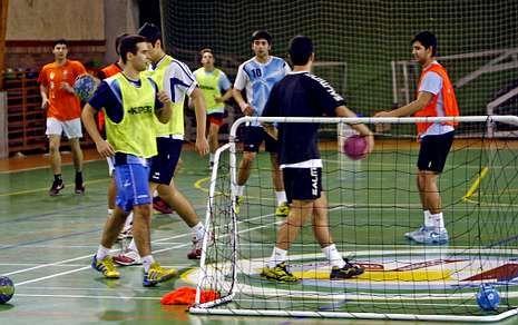 Irene Sánchez jugó con España el 4 Naciones de Francia hace un par de semanas, y competición europea y Copa con el Guardés.