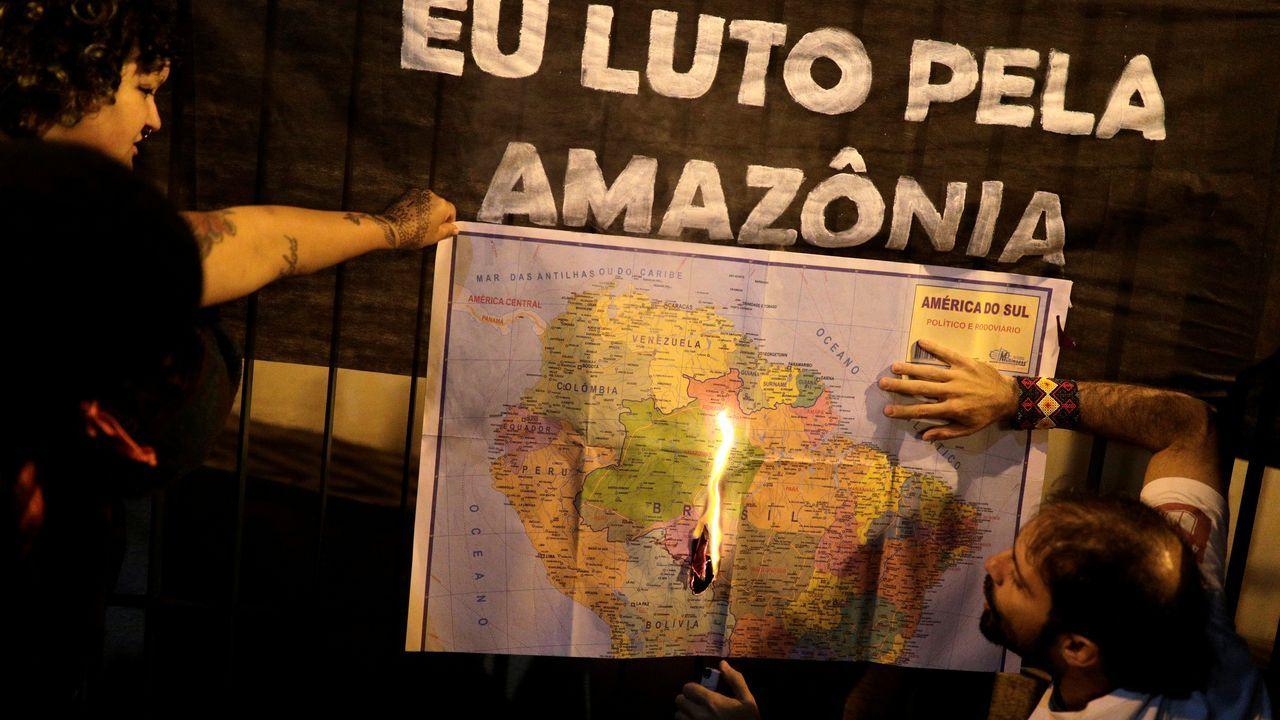 Manifestantes reclaman protección para el Amazonas en Sao Paulo