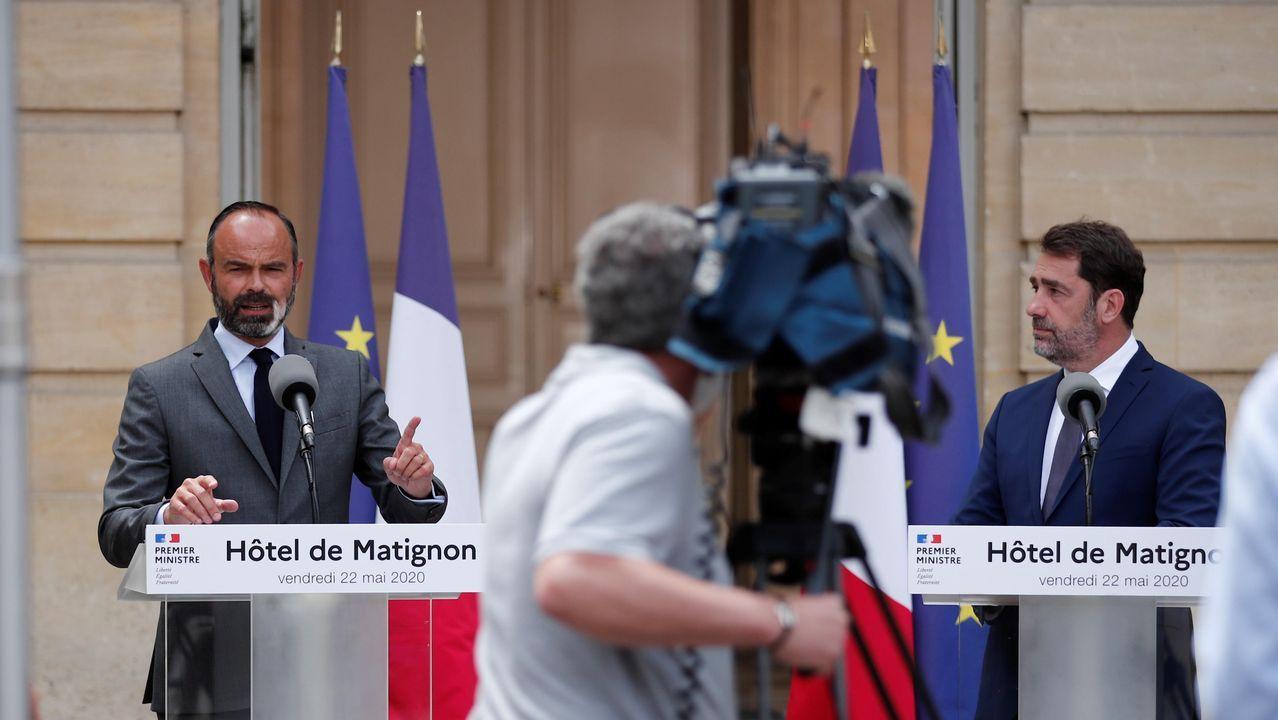 El primer ministro, Édouard Philippe, hizo el anuncio junto al titular de Interior, Christophe Castaner