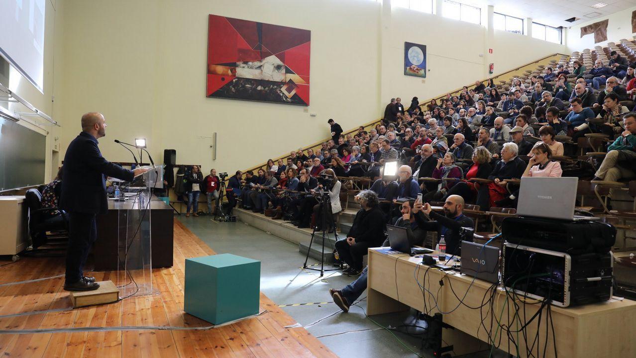 Masivo y bronco plenario de En Marea.Plenario de En Marea en marzo del 2018