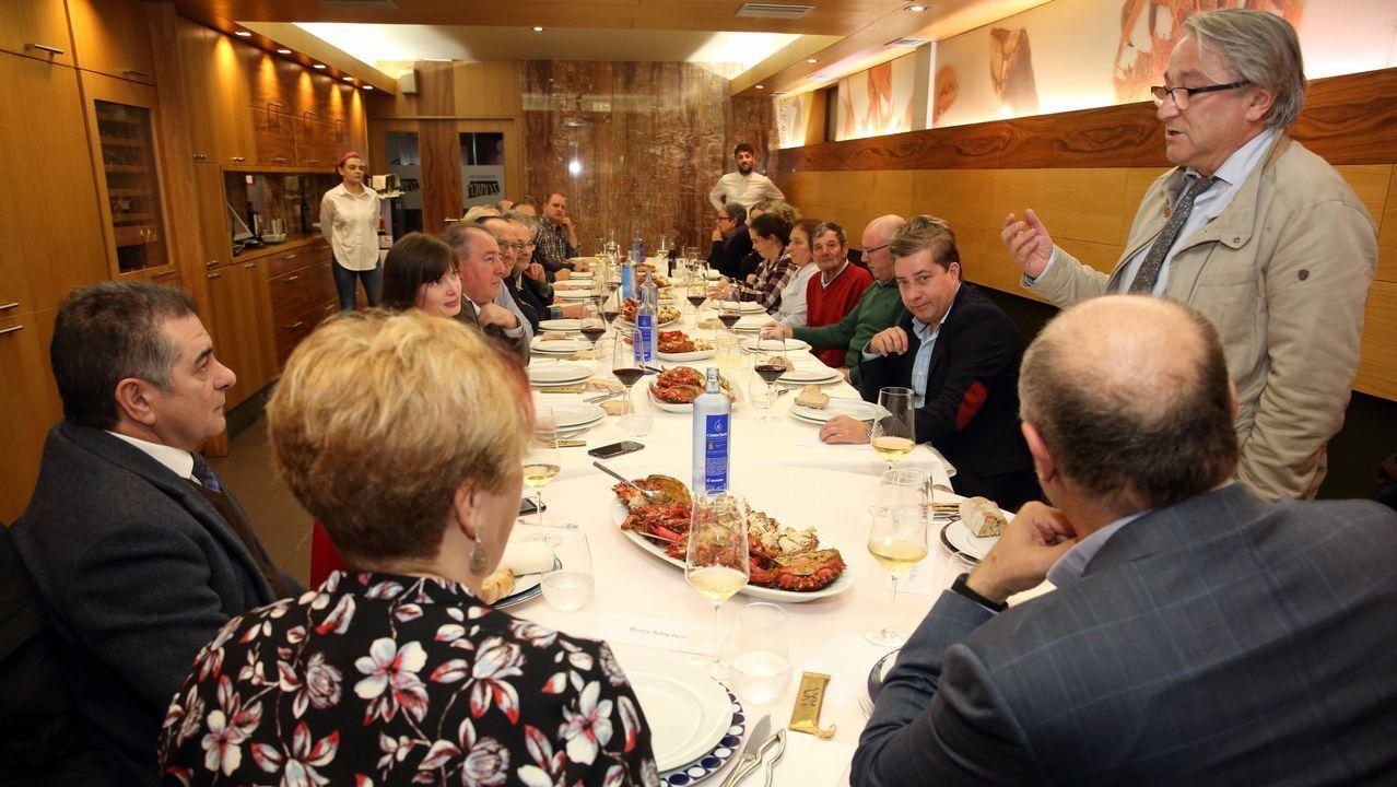 De cena en Laxe con la Gran Orden Gastronómica Costa da Morte: ¡las fotos!.Mónica Martínez, número 2 de Ciudadanos