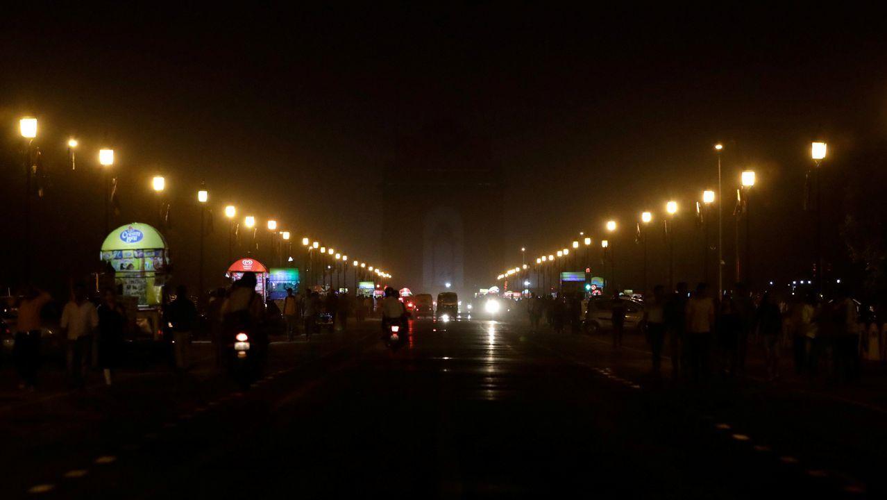 La Puerta India, en Nueva Delhi, durante el apagado de las luces
