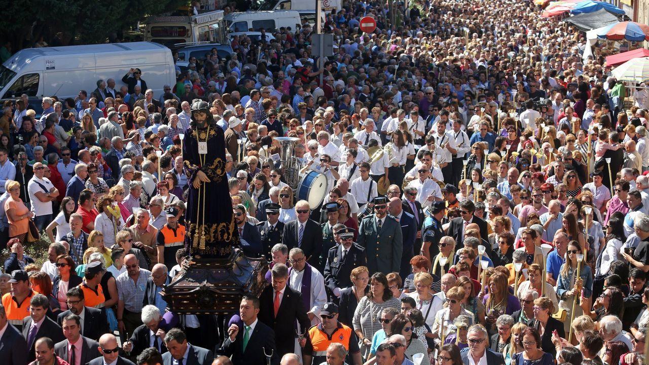 ¡Mira las espectaculares imágenes de la procesión del Nazareno 2019!