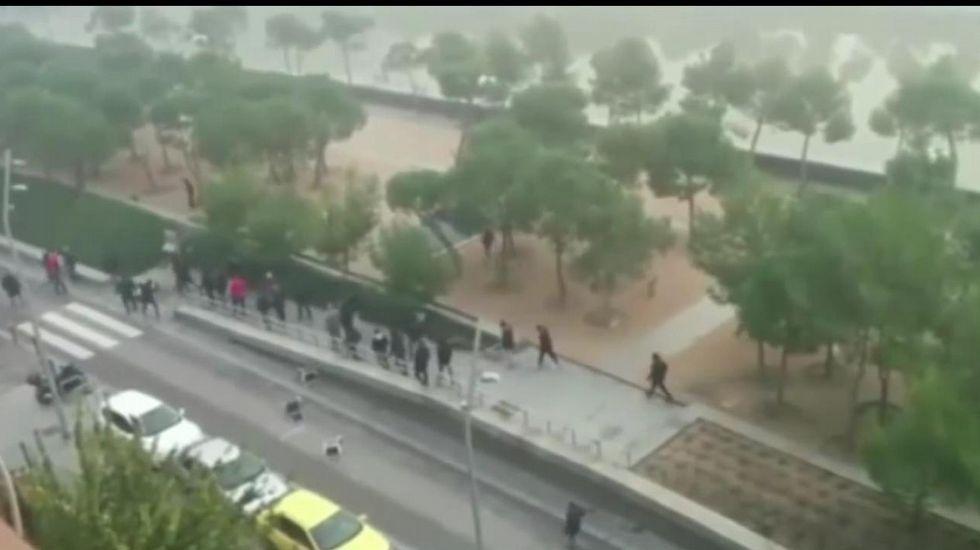 Incidentes al final del partido Corcubión-Muxía.El lugar donde cayeron al río los ultras del Dépor