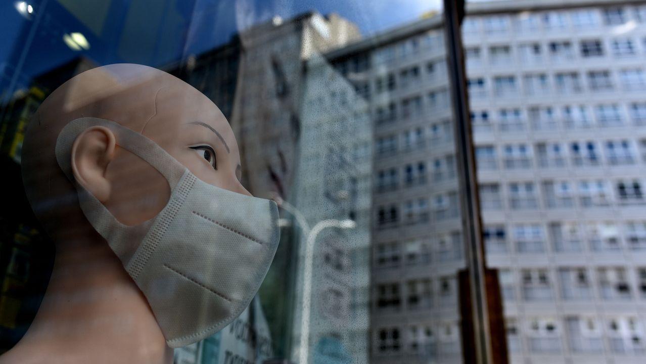 Las protestas de los trabajadores de la planta de Nissan en Barcelona se endurecen tras anunciar su cierre.Fernando Simón, Pilar Aparicio, Faustino y Blanco y Patricia Lacruz