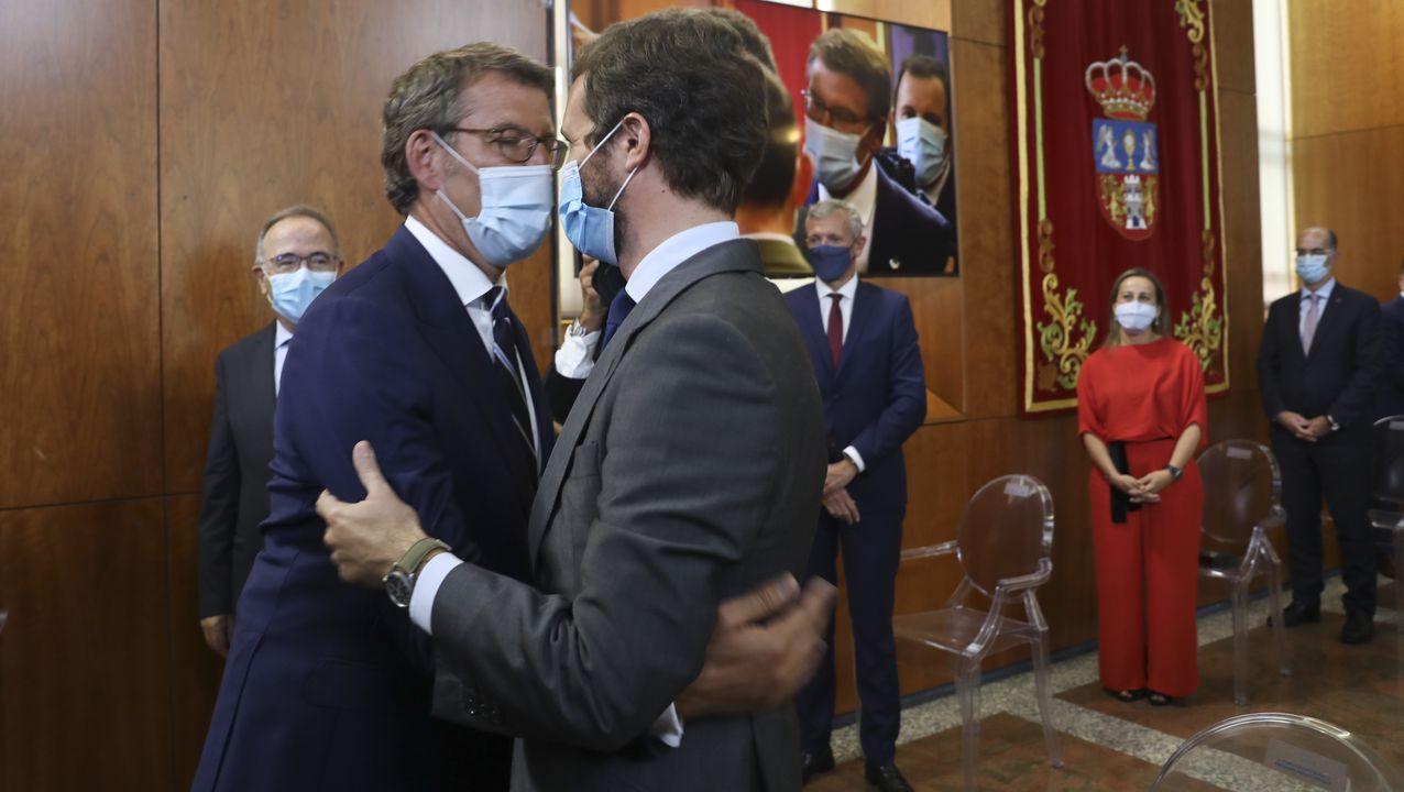Feijoo saluda a Pablo Casado