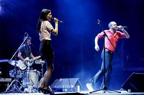 El grupo Delafé y las Flores Azules, en una de las actuaciones estelares de la primera jornada del Noroeste Pop Rock.