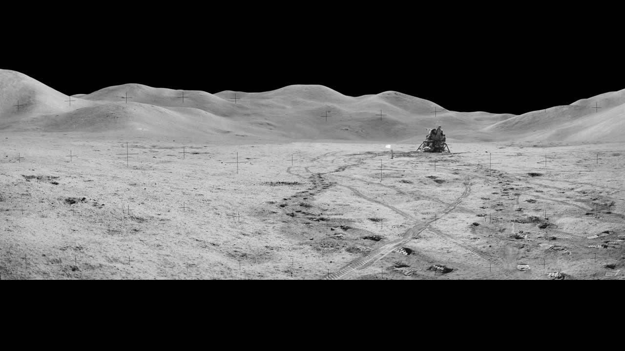 Imagen de la estación 8 tomada durante la tercera caminata lunar de la misión Apollo 15