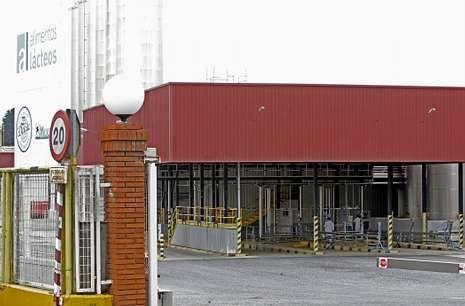 En la factoría se ha registrado algo de actividad tras la decisión de Pascual de retomar el control.