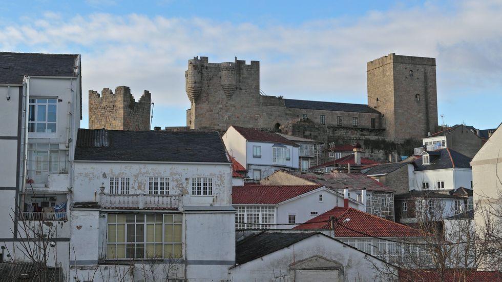 Polos miradoiros da provincia de Ourense.José Manuel Pérez es el nuevo responsable del bar del área recreativa Ponte das Táboas de Castro Caldelas.