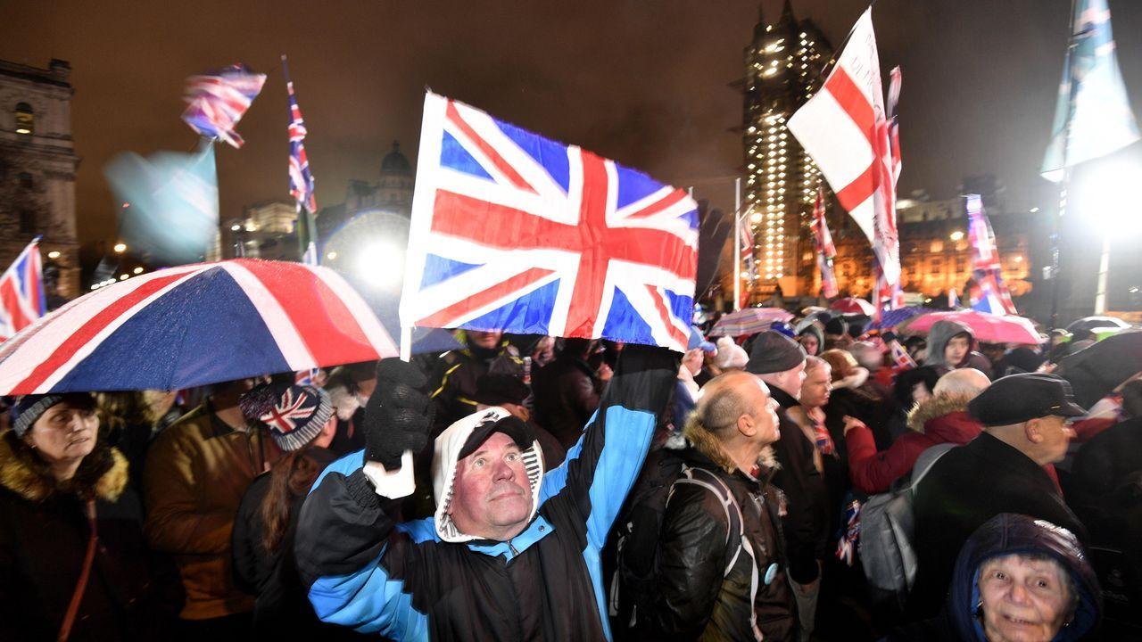 Lacelebración de los pro «brexit» frente al Parlamento británico y Downing Street.Los expertos analizan el futuro del Reino Unido tras su salida de la UE