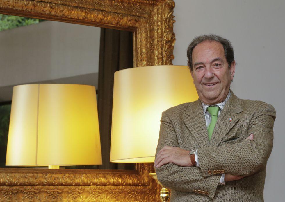 Manuel Mora es maestre organización coruñesa, fundada en 1990.