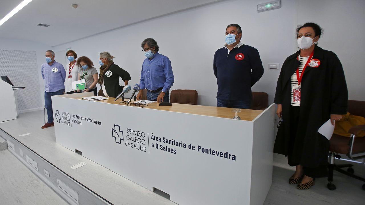 Miembros de seis sindicatos comparecieron este jueves en el salón de actos del Hospital Provincial de Pontevedra para difundir la sentencia sobre la junta de personal