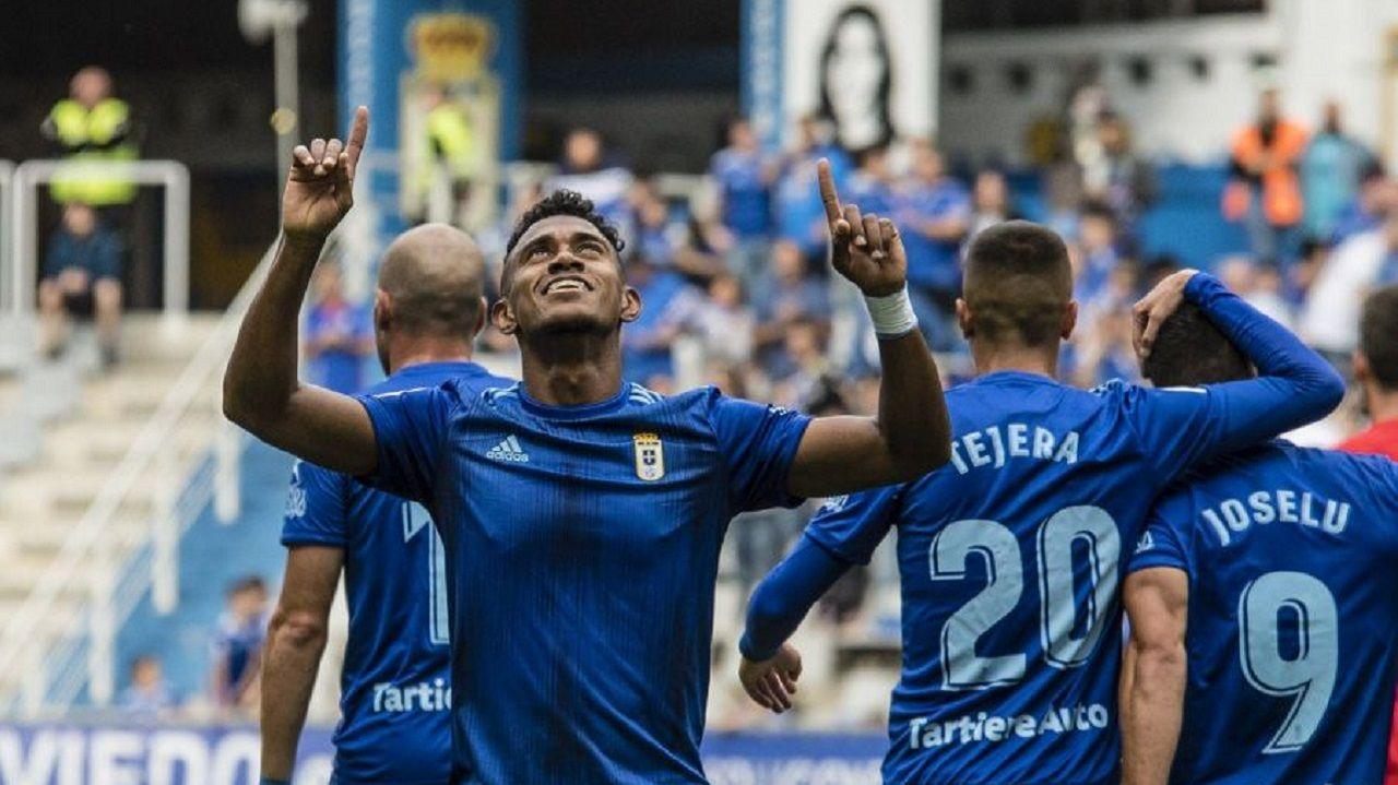 Yoel Bárcenas celebra el 1-0 frente al Numancia