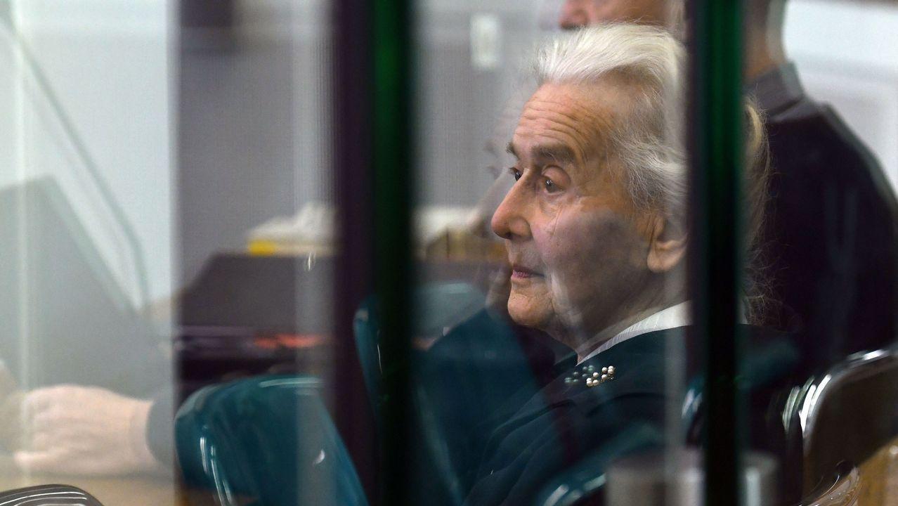 monumento víctimas nazismo.Guez vendió en Francia 300.000 ejemplares de su libro «La desaparición de Josef Mengele»