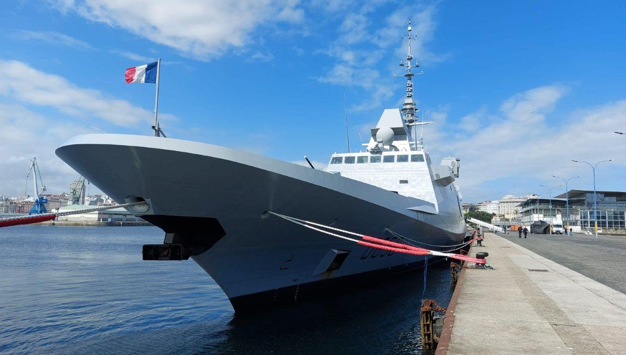 La fragata francesa Alsace permanecerá en A Coruña hasta el miércoles