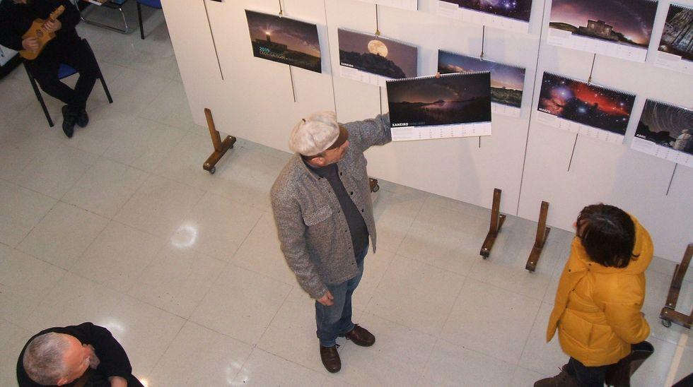 museos.Antonio Costa, fotógrafo que consiguió capturar desde A Lanzada un rayo azul durante la puesta de sol