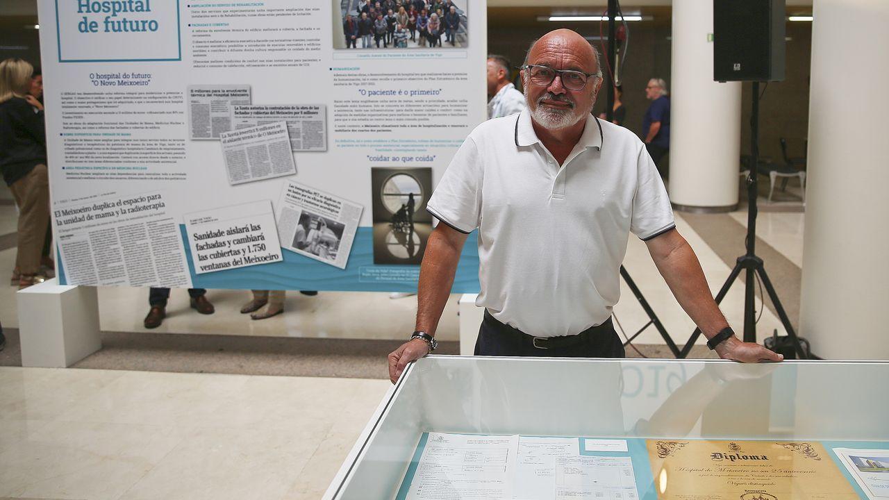 Paco Ordax fue celador y está jubilado.