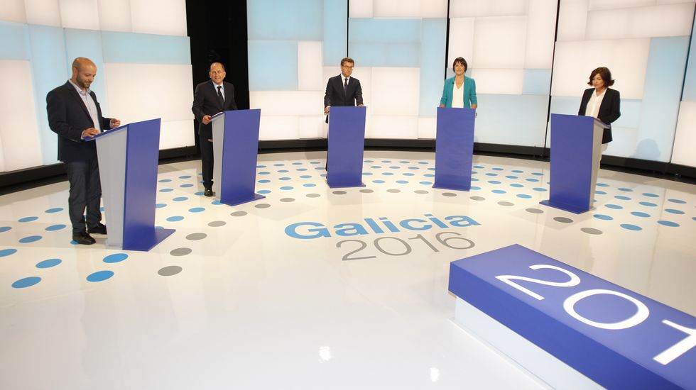 Rajoy plantea el cese de Puigdemont y todos sus consejeros y convocar elecciones en seis meses