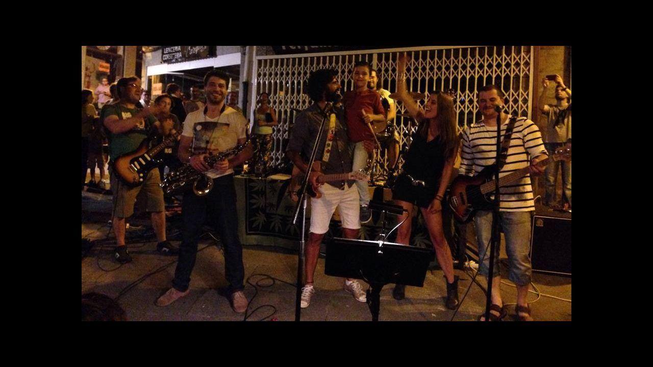 Una millennial, del Bronx y de origen latino gana las primarias demócratas en Nueva York.El cantante Bruno Mars está en la programación de festivales como Pinkpop (Holanda) y Rock in Rio Lisboa (Portugal)