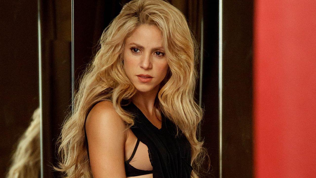Shakira evita a la prensa para no hablar de Piqué