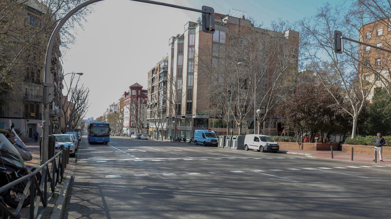 Calles completamente vacías en Madrid tras decretarse el estado de alarma