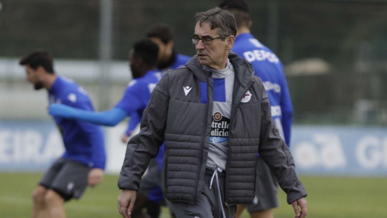 Bóveda y Mollejo festejan el primer gol frente al Girona