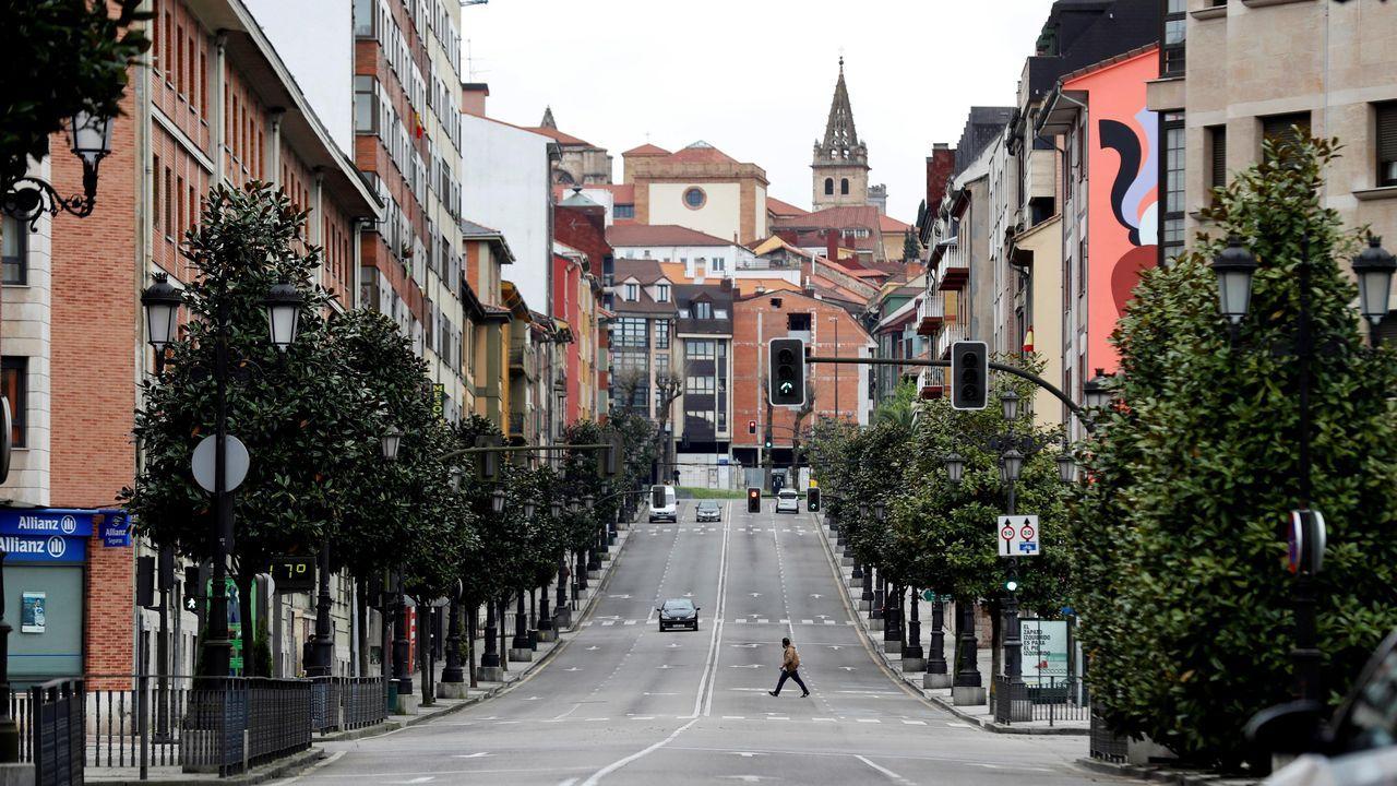 Vista de la calle de la Tenderina de Oviedo