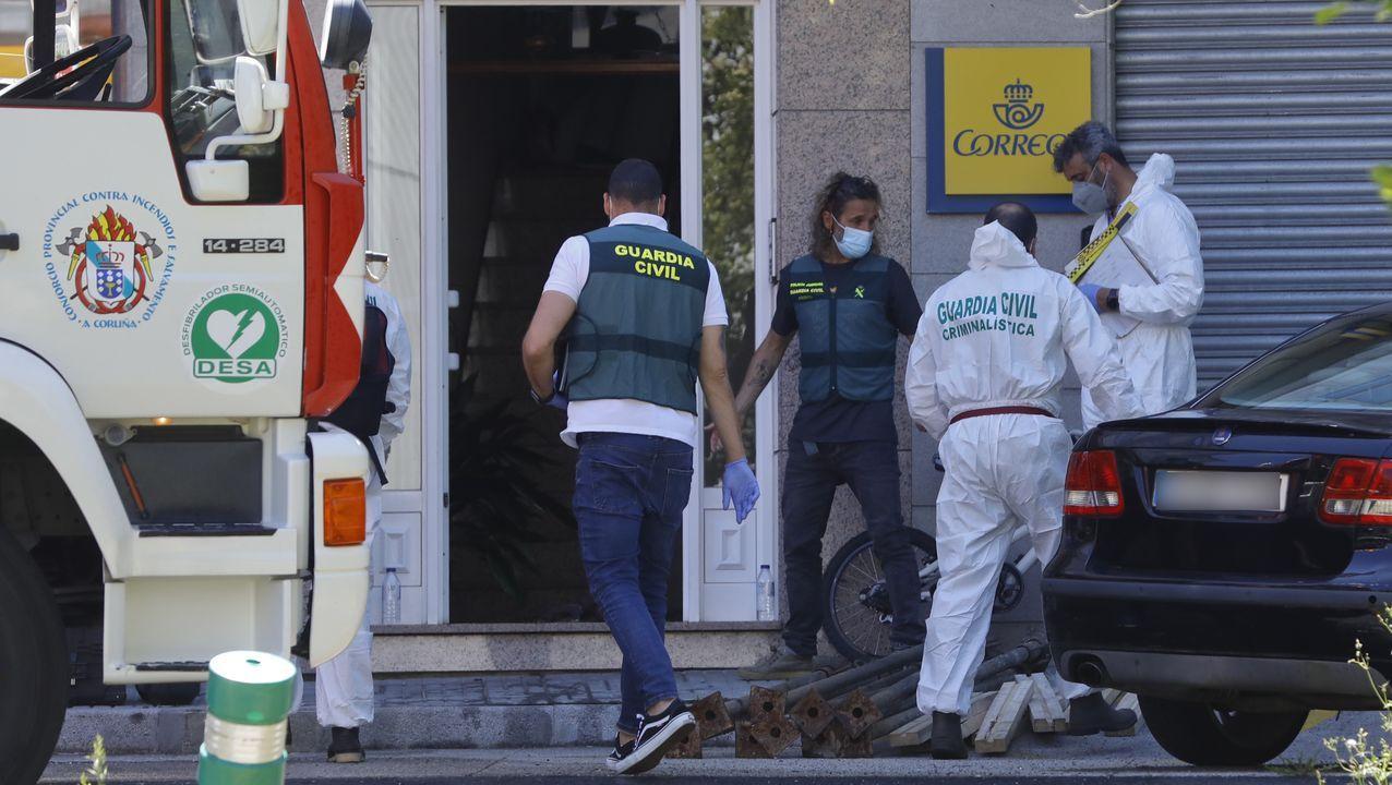 Una mujer muere en un incendio en una vivienda de Sigüeiro.Vacunación este martes en la Cidade da Cultura de Santiago de Compostela
