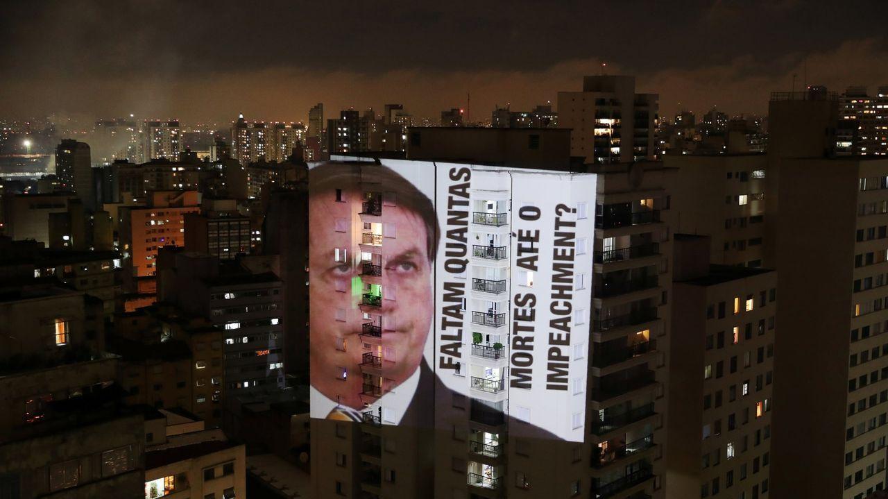 Bolsonaro charla con el vicepresidente Hamilton Mourão