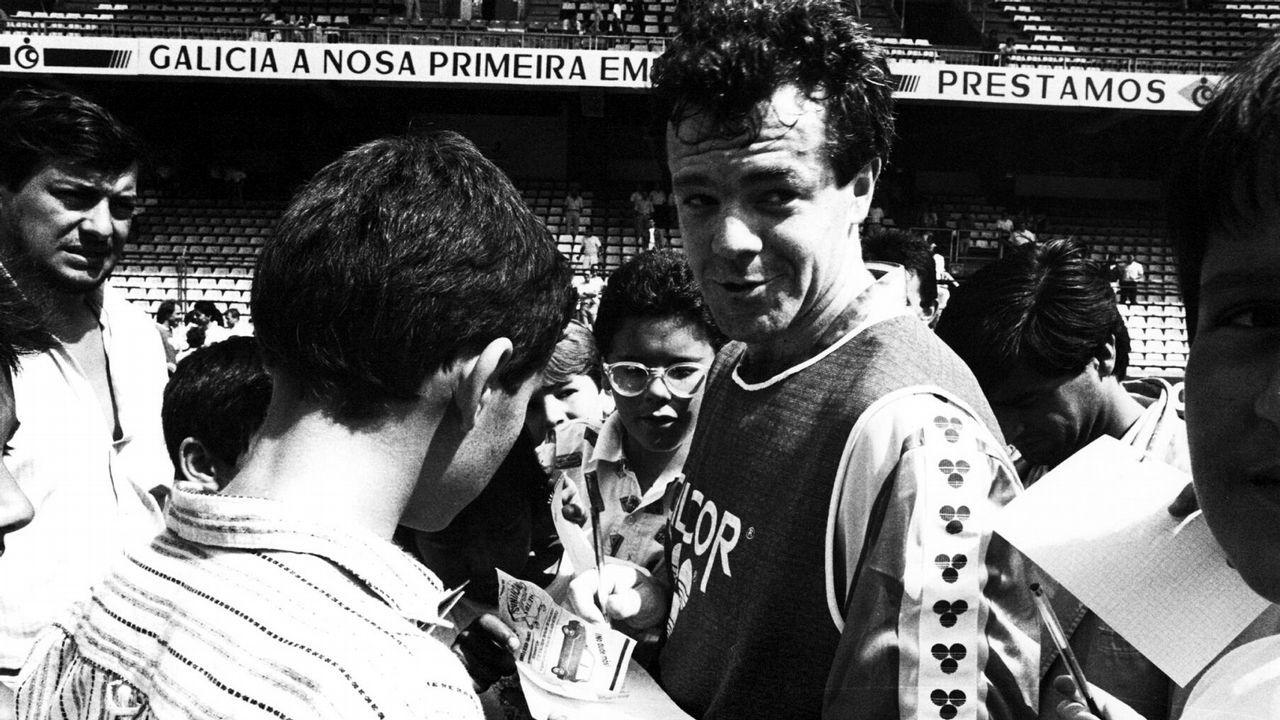 Sagarzazu murió en 1987 víctima de un infarto tras un partido del Deportivo