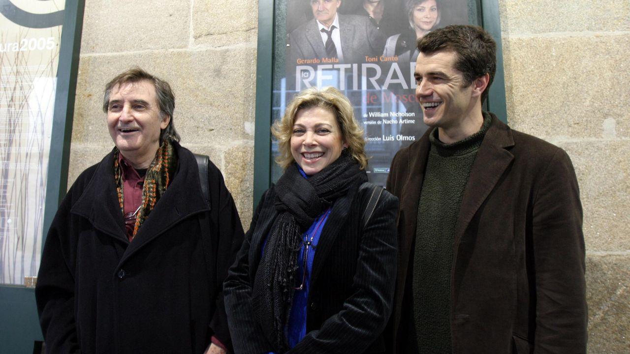 Gerardo Malla, con Kity Manver y Toni Cantó en una imagen del 2013.Adictos al juego online