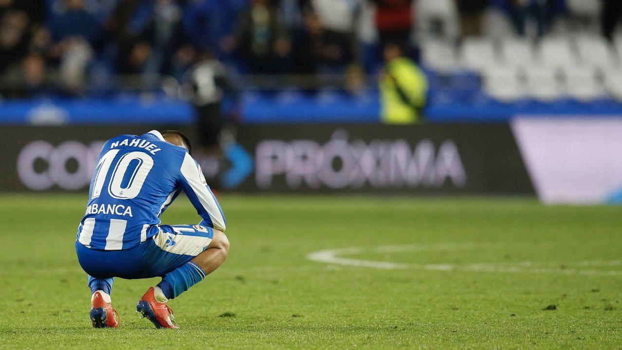Las mejores imágenes del Deportivo - Alcorcón.Alineación del Real Oviedo ante el Deportivo