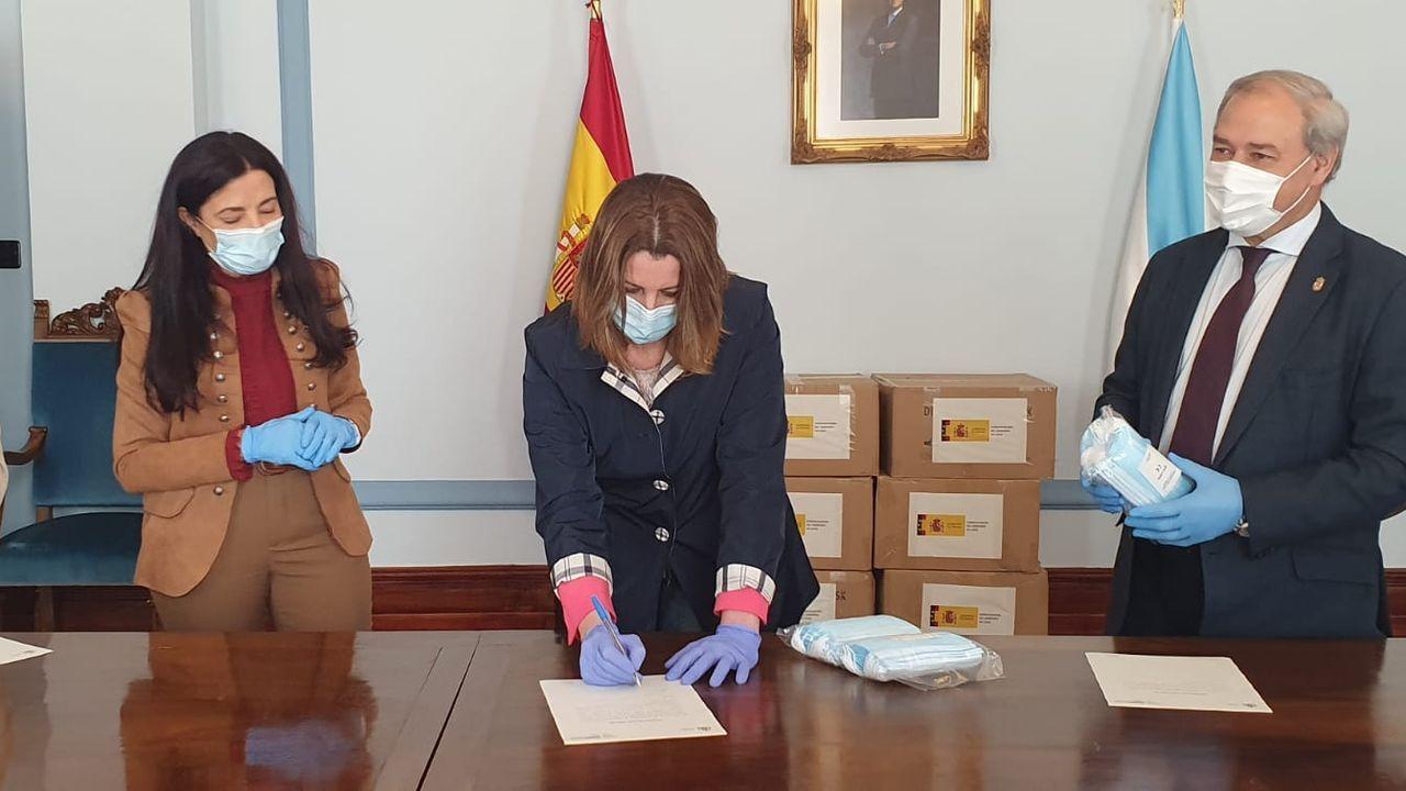 La alcaldesa de Lugo y el presidente de la Diputación, junto a la subdelegada del Gobierno